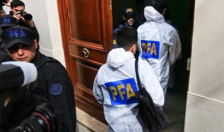 Operativo histórico: más de 5 horas de allanamiento a las propiedades de Cristina Kirchner