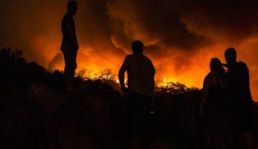 Portugal lucha contra un gran incendio en el sur del país
