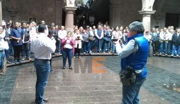 SIDEMM mantiene guardia en Palacio Municipal para lograr prestación