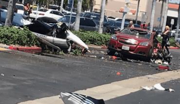 Se desploma avioneta sobre estacionamiento de centro comercial