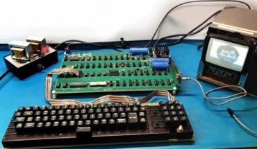 Subastarán computadora Apple de los 70' construida por Steve Jobs