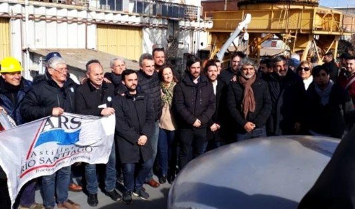 Trabajadores del Astillero Río Santiago marchan a La Plata