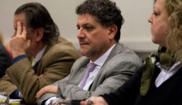 """Un juez denuncia """"persecución política"""" del gobierno tras haber sido destituido"""