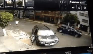 Video. Valiente conductor frustra intento de secuestro