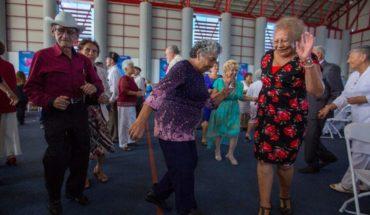 Celebran el Día del Abuelo mil 500 adultos mayores de Tijuana