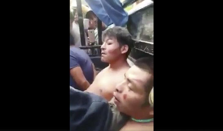 Circula video de supuestos responsables del rapto de un menor, antes de haber sido quemados en Acatlán