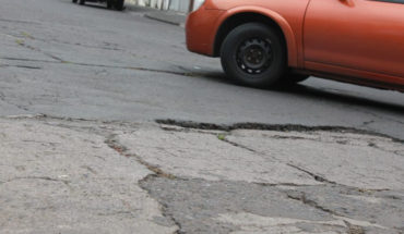 City of Morelia forced to repair affectations in vehicles by potholes