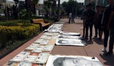 Conmemoran 47 meses de la desaparición de los 43 normalistas
