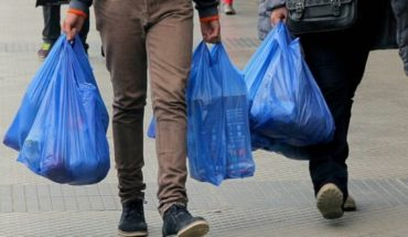 End of plastic bags producers terrorised: they fear bankruptcy and provide for 3 thousand layoffs