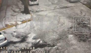 Inundaciones y granizo afectan a colonias de CDMX