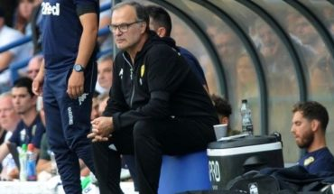Marcelo Bielsa makes history with Leeds United and wins the love of England
