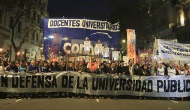 Reclamo de docentes universitarios: Semana clave de negociaciones en medio de tensiones salariales
