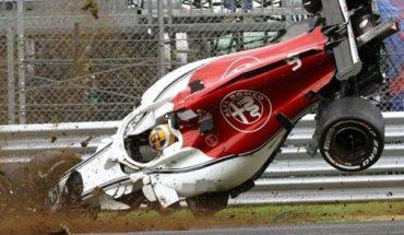 Vettel sufre aparatoso accidente y sale disparado de la pista