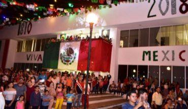"""¡Viva México!"", grita Chenel Valenzuela en Angostura"