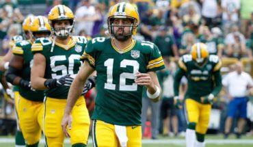 Aaron Rodgers vuelve a jugar con los Packers tras entrenar el sábado
