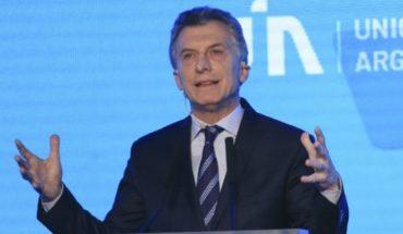"""Ante la UIA Macri agradeció el """"aporte fundamental """"de los empresarios"""