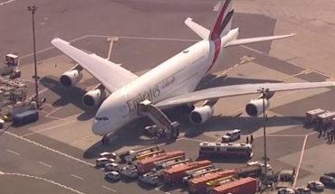 Avión de Emirates puesto en cuarentena en el Aeropuerto de Nueva York por pasajeros enfermos