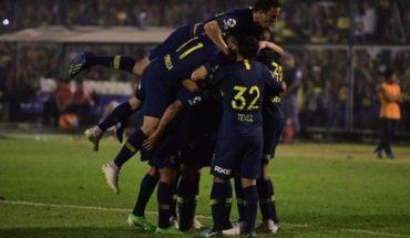 Boca sufrió y luchó para derrotar a San Martín de Tucumán y meterse en octavos