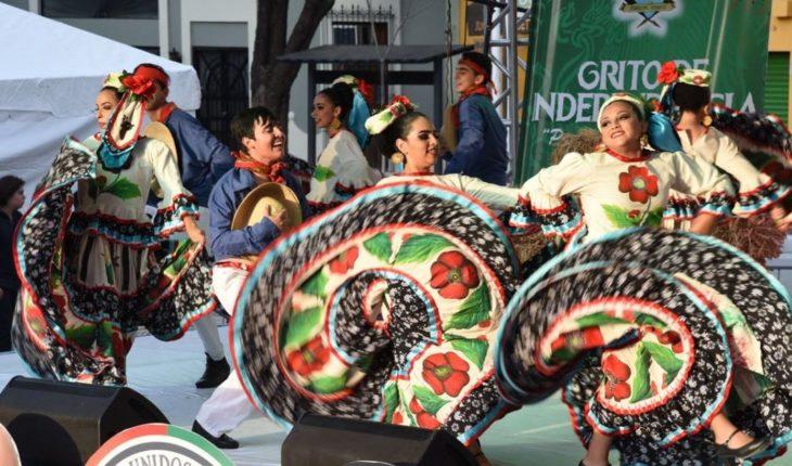 Celebra la UAS el 208 aniversario de la Independencia de México