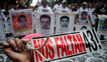 Cudadanos exigen justicia a 4 años de Ayotzinapa