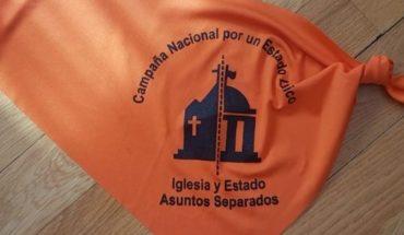 """El arzobispo de Rosario criticó la ley de Educación Sexual: """"¿Qué les están enseñando?"""""""