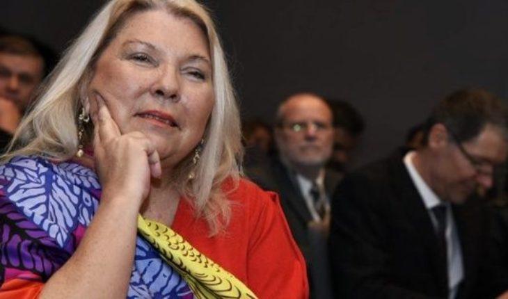 """En el día de """"renovación de la Corte"""", Carrió eligió mostrarse con un nuevo look: la reacción en las redes"""