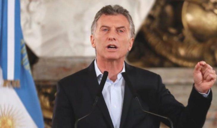 En medio de paros y huelgas Macri insiste que Argentina no caerá en default