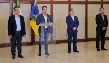 Gobernador de Jalisco destituye a fiscal por caso de cadáveres en tráileres