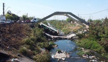 Imágenes impactantes: cayó un puente en Tucumán