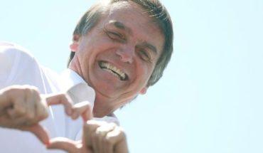 """Jair Bolsonaro se recupera del atentado que lo """"favorece"""" en las elecciones"""