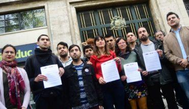"""Juventudes de oposición enviaron una carta a la ministra Cubillos rechazando el plan """"Aula Segura"""""""