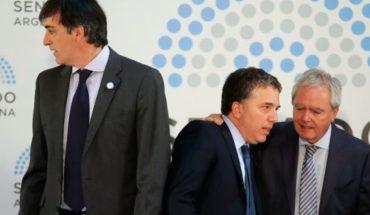 La oposición busca limitar a Macri en la emisión de deuda