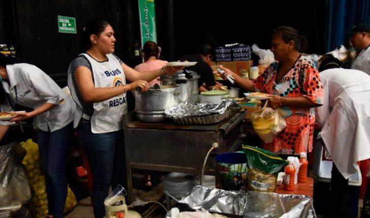Más de dos mil personas siguen en los albergues en Sinaloa