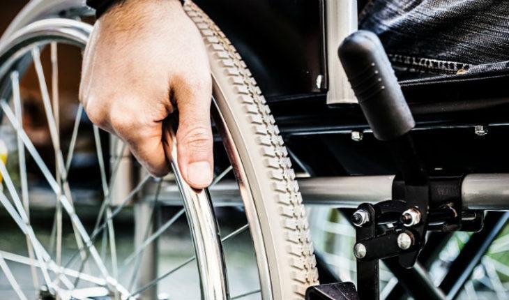 Médicos lograron que parapléjico volviera a caminar