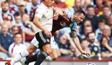 Manchester United gana y le da una semana de alivio a José Mourinho