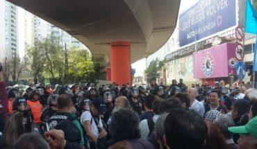 Manifestantes lograron cruzar el Puente Pueyrredón