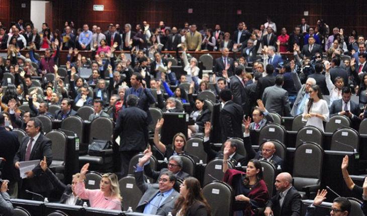 """No habrá disminución en los sueldos de los diputados de Morena, dicen que aún """"no hay acuerdos"""""""