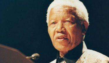 Polémica en Sudáfrica por retrato de Mandela haciendo el saludo nazi