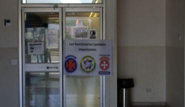 Quintero: Funcionarios del hospital en alerta por sobrecarga para atender la crisis y apuntan al Minsal