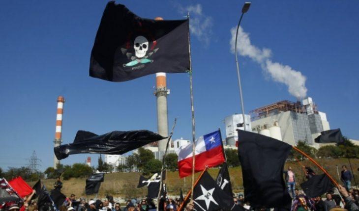 Quintero no sale de la crisis: vuelven las protestas y se confirman nuevos casos de intoxicación