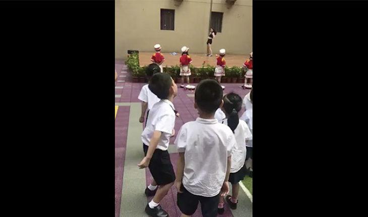 Tras regreso a clase, jardín de niños en China da la bienvenida con presentación de pole dance