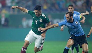 Uruguay golea a México en partido amistoso