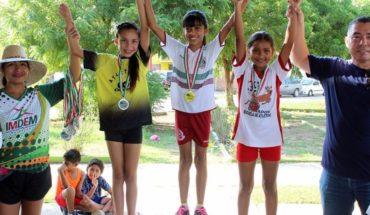 Velocidad y diversión en Santa Teresa con festival de atletismo