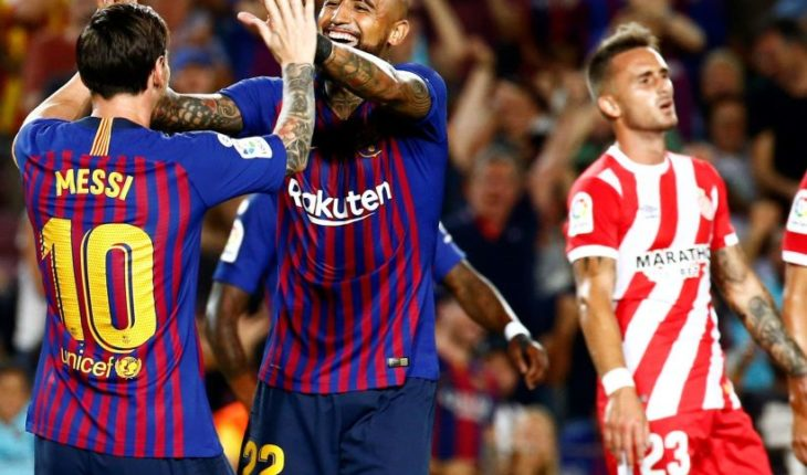 Vidal se estrenó en la titularidad del Barcelona en empate ante el Girona