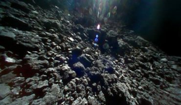 Video de sonda japonesa muestra superficie de asteroide