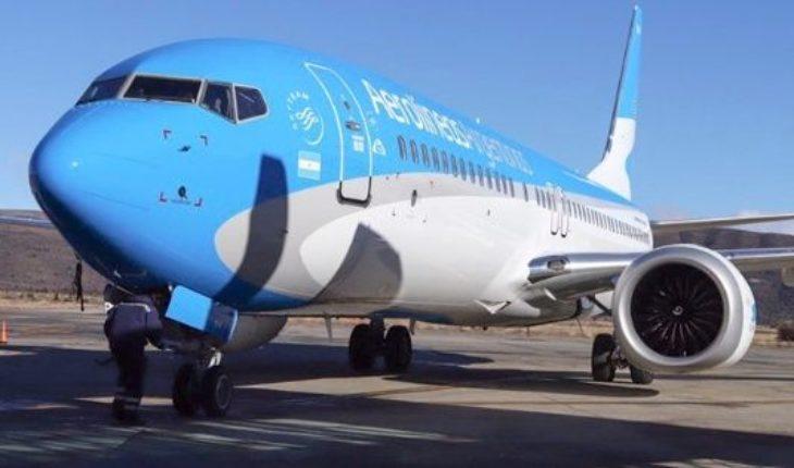 Aerolíneas Argentinas suspende sus viajes por el paro: cómo tramitar la devolución de tickets y reprogramar vuelos