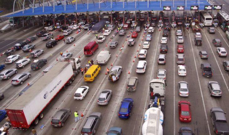 Alrededor de 90 mil vehículos regresarán a Santiago durante este fin de semana