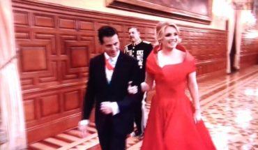 Angélica Rivera y su vestido rojo para gritar ¡Viva México!