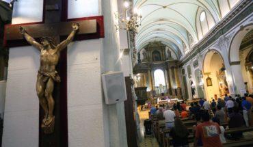 Arquidiócesis de Santiago lamentó explusión de Cristian Precht