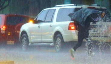 Becomes cold in several States: rain and hailstorms